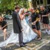wünschen dem Brautpaar