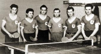 SC Eintracht Plankstadt 1954 / 55 Ungeschlagener Meister der Kreisklasse Staffel Schwetzingen. Von links: Erich Gund, Otto Mitsch, Walter Berger, Meinrad Kapp, Wolfgang Goller und Helmut Ruppert